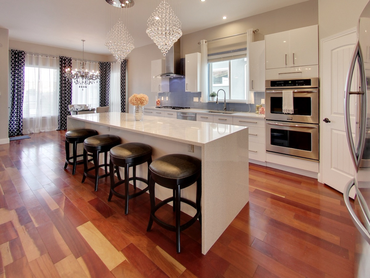 2250 Yankton Pl Kitchen
