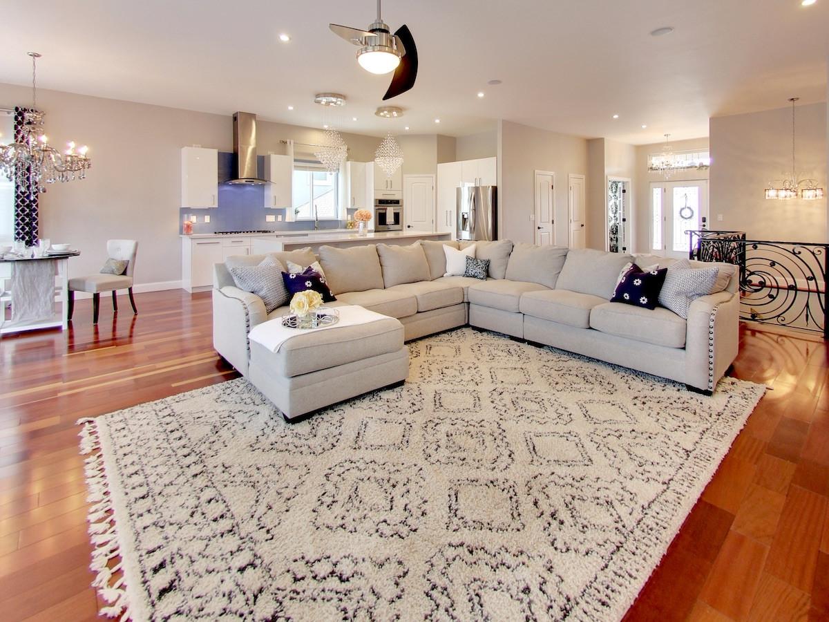 2250 Yankton Pl Livingroom