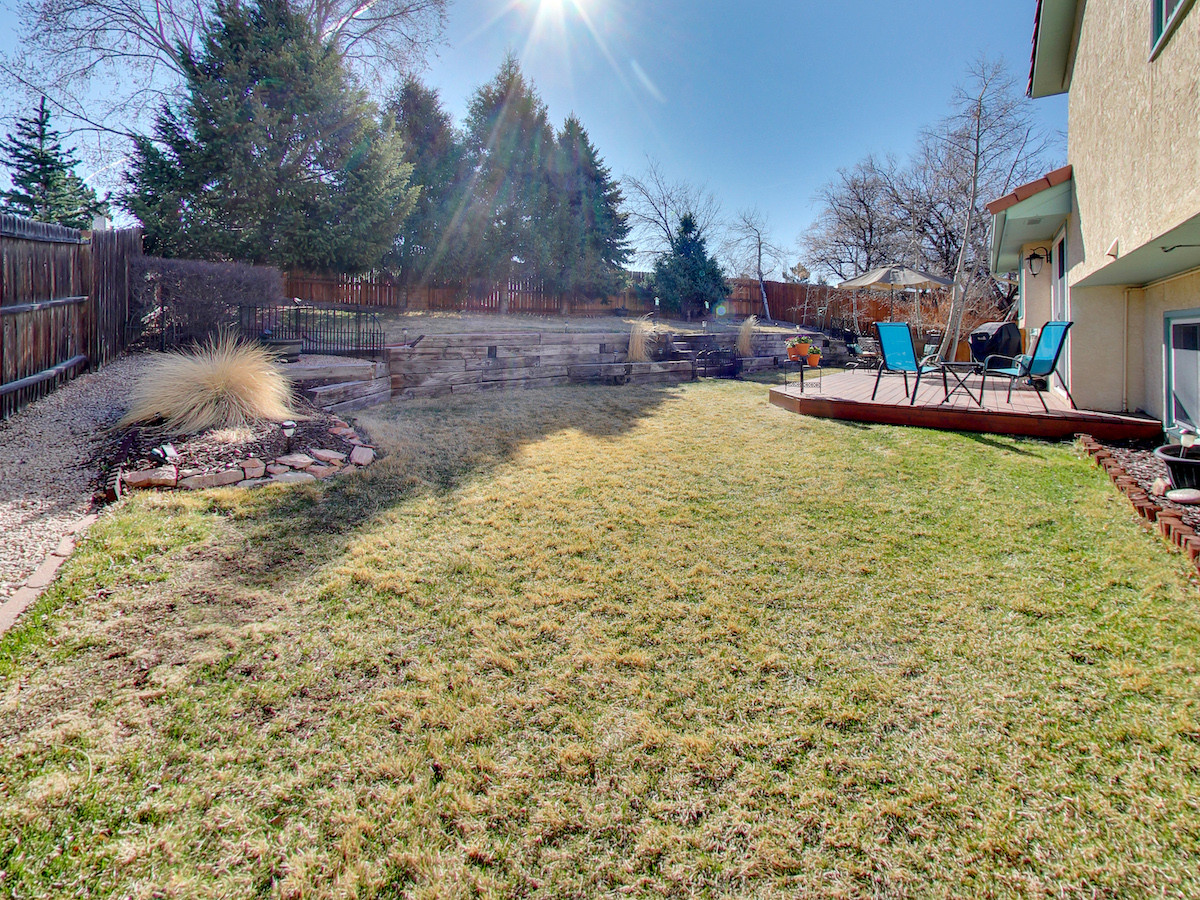 8530 Freemantle Dr Backyard